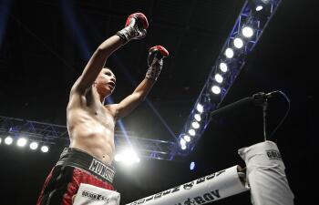 En fotos: Jaime Munguía se hace grande en su primera defensa