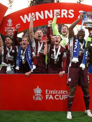 Leicester City continúa haciendo historia y consiguen su primer título de la FA Cup.