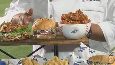 El chef Ángel Flores presenta el menú que se ofrecerá para inicio de temporada de los Dodgers