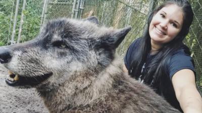 El famoso perro lobo que se hizo viral en redes sociales por su enorme tamaño sufre un cáncer terminal 💔
