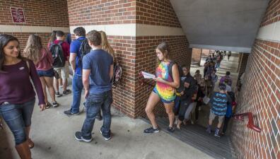 En fotos: así vota el peso pesado de los estados péndulo, Florida