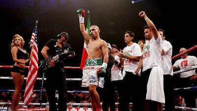 ¿Se viene otro campeón? Ray Beltrán enfrentará a Commey y podría ser el #11 para México