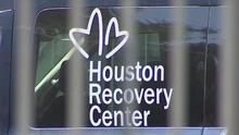 Anuncian millonario fondo para reforzar y expandir los programas de salud mental en Houston