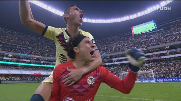 Pitazo final: la felicidad de Ochoa al vencer a Morelia en el Azteca