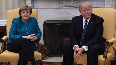 Los incómodos momentos entre Trump y Merkel durante la visita de la canciller alemana a EEUU