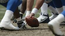 Organización ofrece oportunidades a residentes de Houston para convertirse en entrenadores de fútbol americano