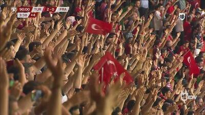 Turquía vence a la campeona del mundo y enloquece en su celebración