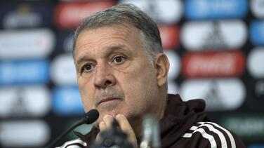 Tecatito estará listo para Final Four; Tata mantiene fe en Raúl para el verano