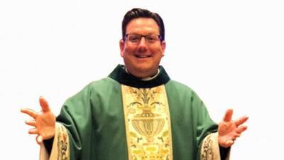 Se suicida sacerdote que estaba bajo investigación por una presunta relación con un menor
