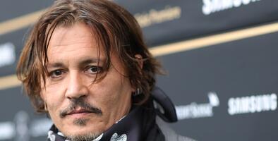 """Johnny Depp renunció a su rol en el filme 'Fantastic Beasts' luego de perder su juicio por """"golpeador de esposas"""""""