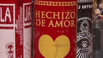 Con hechizos y pociones algunos también quieren conseguir el amor