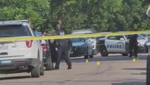 Arrestan a una mujer presuntamente involucrada en el apuñalamiento mortal de una niña en Dallas