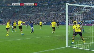 Polémica en Veltins-Arena, ¿era penal para el Schalke?