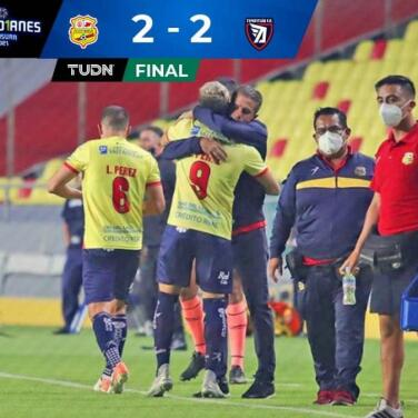 ¡Apagón y liderato! Morelia ganaba 2-0, pero Tepatitlán le iguala 2-2