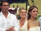 Amores Verdaderos - Victoria se casó con Arriaga y Nikki con Guzmán en una amorosa boda doble - Escena del día