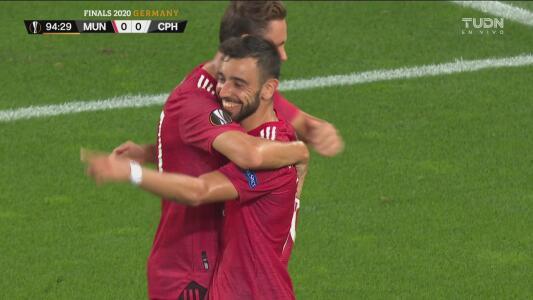 ¡Por fin se rompe el cero! Bruno Fernandes pone el 1-0 gracias a un penalti
