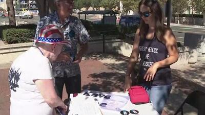 Activistas de California salen a las calles para concientizar sobre la importancia de votar