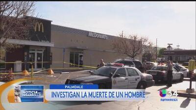Seguridad de McDonalds dispara contra hombre desnudo quien apuñaló a un abuelo de 88 años