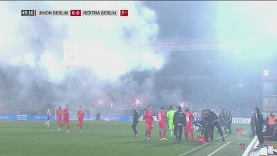 ¡Se detiene el juego! Union Berlin vs Hertha se pausa por humo de bengalas