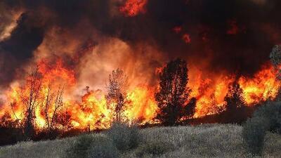 Clima reaviva incendios forestales en EEUU