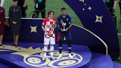 Modric, Balón de Oro; Mbappé, revelación de Rusia 2018
