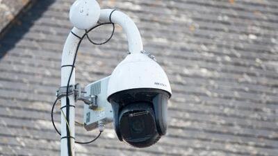¿Qué tan bueno es utilizar cámaras de vigilancia para leer placas de autos que no han cometido infracciones?