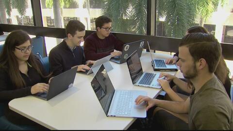 Los estudiantes de secundaria requieren apoyo para alcanzar la universidad
