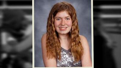 Primero hallaron a una pareja asesinada y ahora buscan desesperadamente a su hija de 13 años
