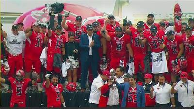 Último festejo de título en el Estadio Azul: Mexicas le ganó a Raptors el Tazón México III