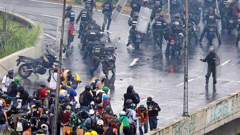 Venezuela: muere un adolescente de 17 años en una protesta contra el gobierno de Nicolás Maduro