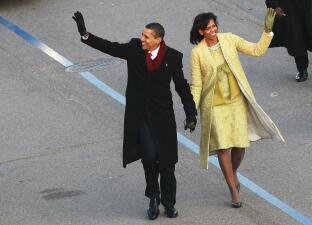 Así se presentó al mundo Michelle Obama como primera dama en 2008 y en 2013