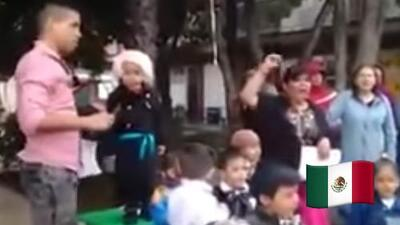 "(Video) ""Viva su jefa"": el divertido grito de independencia de un niño de kinder"
