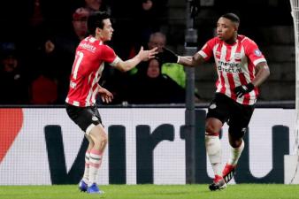 En fotos: Chucky volvió a marcar tras un mes en la Eredivisie y el PSV venció al AZ Alkmaar