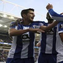 Con asistencia del 'Tecatito', Porto venció a Famalicao
