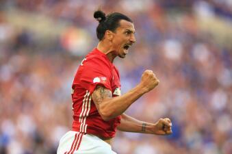 ¡Debutó Tevez! Así han sido los inicios de los futbolistas mejor pagados del mundo