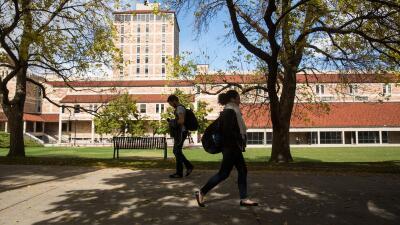 Estudiante del Metroplex logra beca para estudiar en Corea
