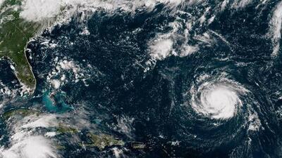 El huracán Florence se intensifica en el Atlántico seguido de Isaac, el otro ciclón que amenaza el Caribe
