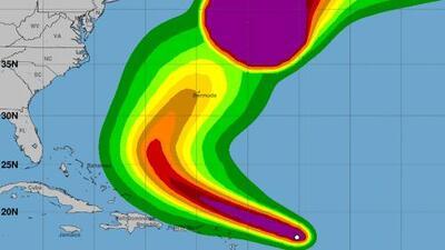 Jerry se convierte en huracán mientras avanza hacia las Antillas Menores