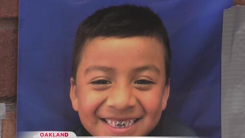 Familiares exigen justicia por el atropellamiento mortal de madre e hijo en Oakland