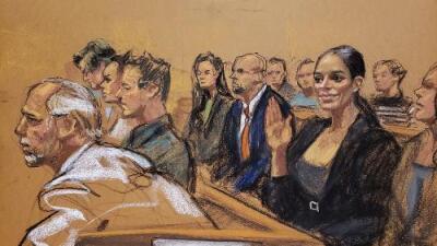 Emma Coronel, esposa de 'El Chapo', se roba el show desde la segunda fila en la corte de Brooklyn