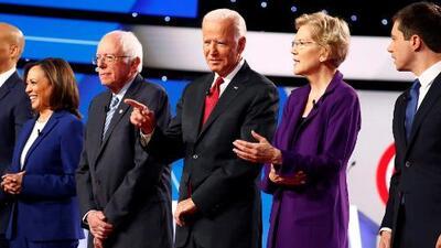 En un minuto: Elizabeth Warren se impone en el cuarto debate demócrata