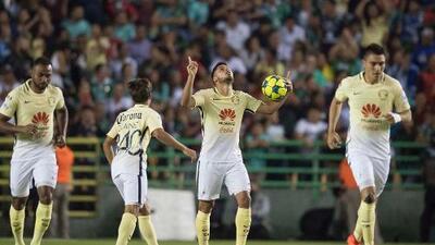 Diego Lainez le cambió la cara a un gris América que igualó 1-1 con León