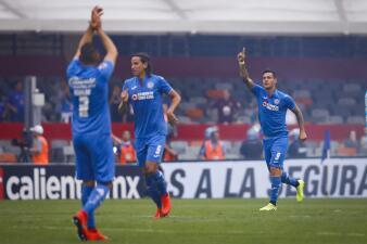 En fotos: Cruz Azul supera a Gallos Blancos con el histórico gol 10 mil en el Estadio Azteca