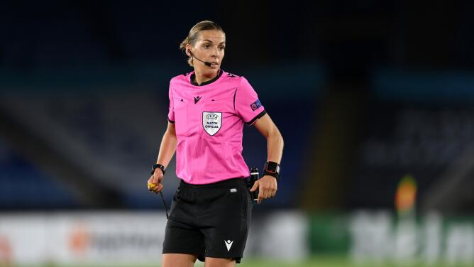 Árbitra Stéphanie Frappart hará historia en la UEFA Champions League