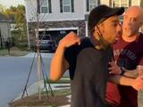 """""""Estás en el barrio equivocado"""": la agresión de un soldado contra un joven negro captada en un video perturbador"""