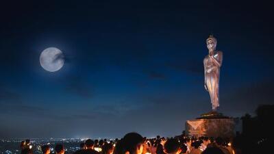 10 de mayo   Luna llena de Wesak, el romance y el dinero están bien auspiciados