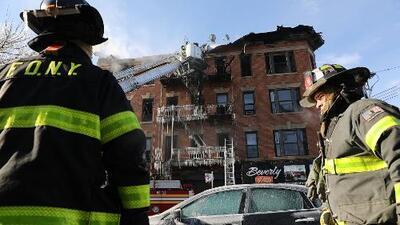 Con una emotiva vigilia conmemoran a las 13 víctimas de voraz incendio hace un año en Nueva York