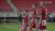 Mathieu Valbuena pone el 1-0 del Olympiacos tras polémico penalti