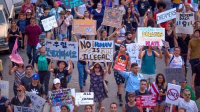 Qué significa la demanda contra California y qué impacto tendría en los derechos de los inmigrantes