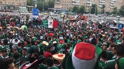 """""""Somos locales otra vez"""", así le canta México a Alemania en las afueras del Estadio Luzhniki"""